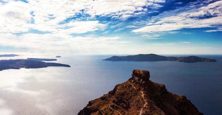 EG2AB6 Panorama of the Santorini volcano, Cyclades, Greece