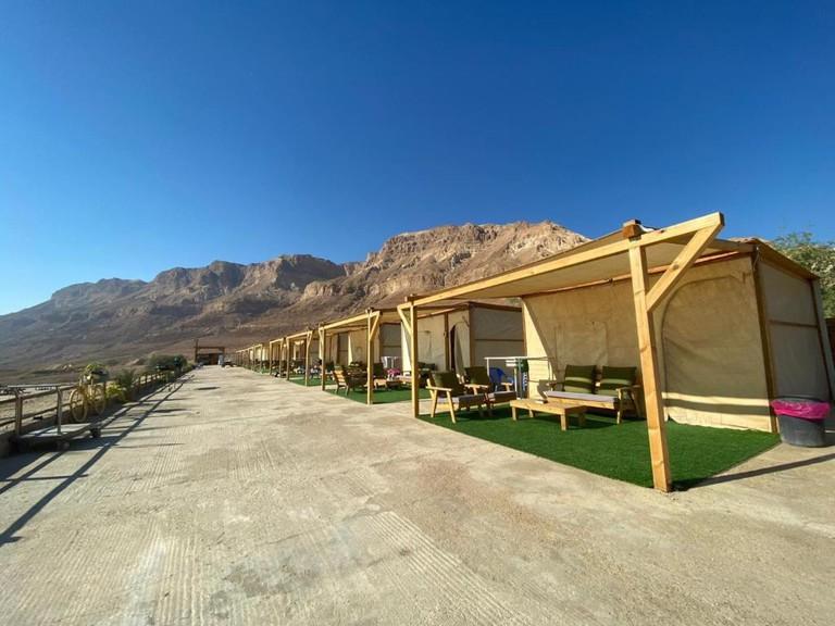 Ein Gedi Camp Lodge_b_235352699