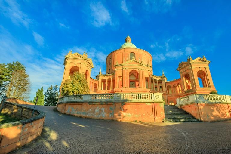 RE13XW Pronaos and facade of the Sanctuary of Madonna di San Luca at sunset. Basilica church of San Luca in Bologna