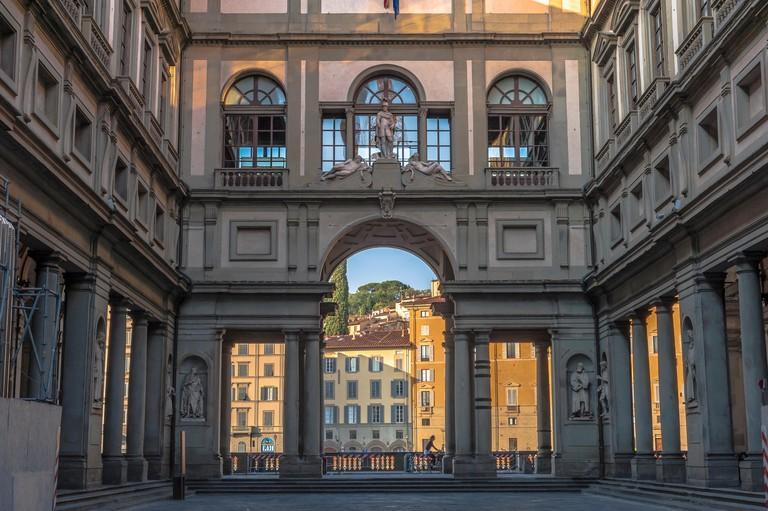 Florence Uffizi Museum, view at sunrise of the courtyard of the Uffizi gallery - the Piazzale degli Uffizi - in Florence, Firenze, Tuscany, Italy.