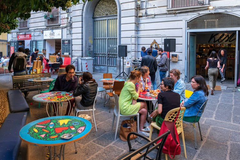 Italy, Campania, Naples, historical centre listed as World Heritage by UNESCO, Via San Giovanni Maggiore Pignatelli, Keste bar