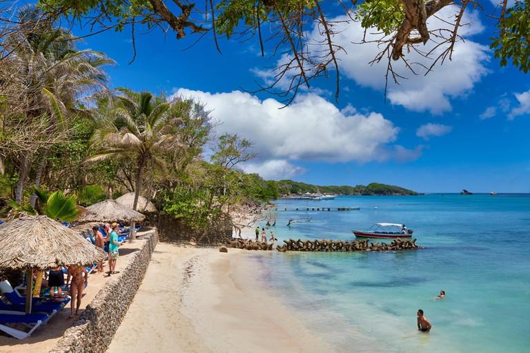 2D95X9C Caribbean Sea beach, Isla Grande, Rosario Islands, Cartagena de Indias, Bolivar, Colombia, South America