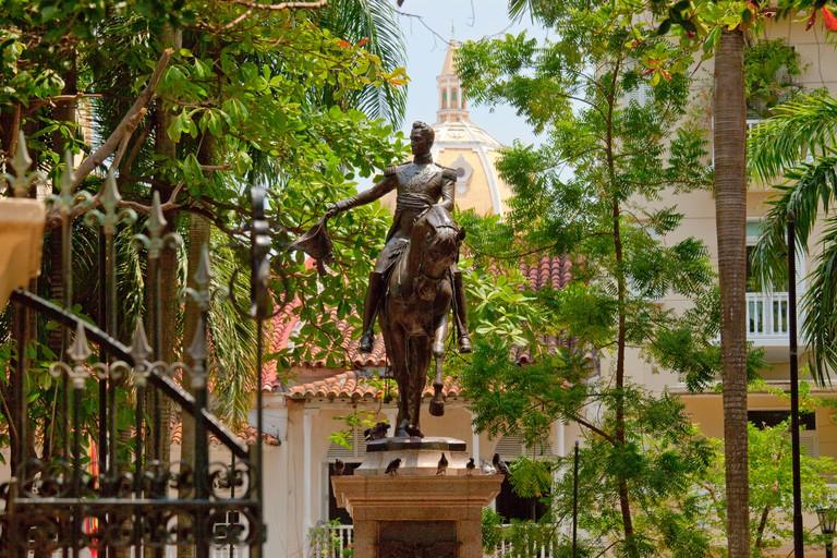 C33CYW Statue of Simon Bolivar in Bolivar Plaza, Cartagena, Colombia
