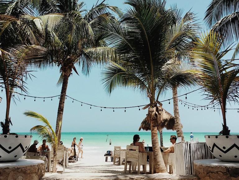Coquitos Beach Club