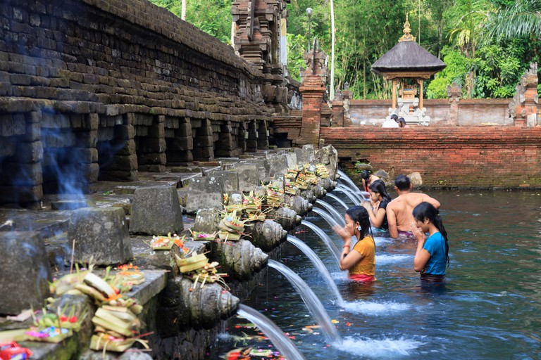 DDRFM0 Indonesia, Bali, Tirta Empul Temple, Sacred Springs