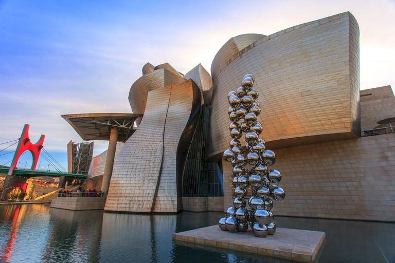 DTNT89 Guggenheim museum at Bilbao, Spain