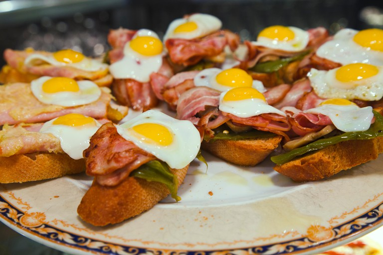 El huevo frito Bar. Bilbao. Bizkaia. Vizcaya. Euskadi. Basque Country. Spain.