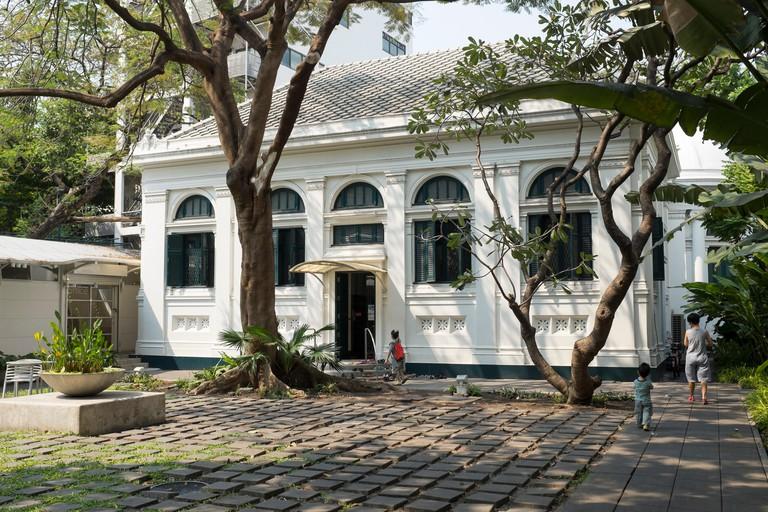 Neilson Hays Library Surawong Road Bangkok Thailand