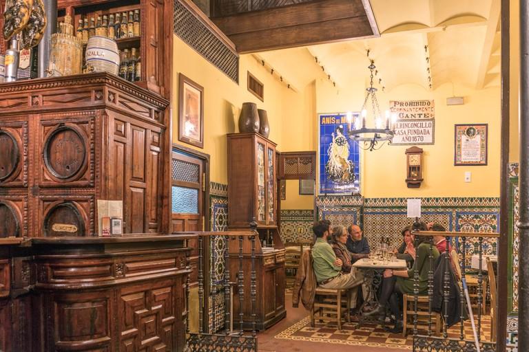 El Rinconcillo oldest tapas bar in Seville, spanish restaurant,  founded 1670,  Andalucia, Spain,