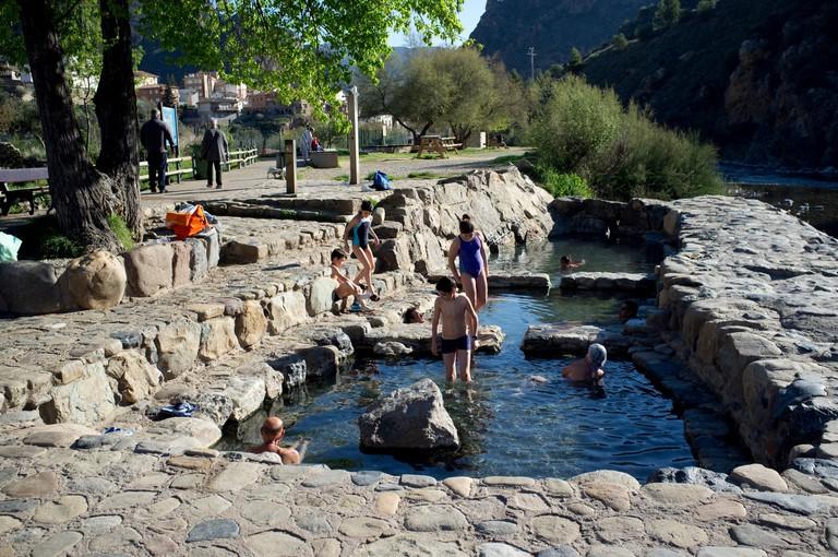 J112F8 Public thermal baths in Cidacos river in Arnedillo village, La Rioja, Spain