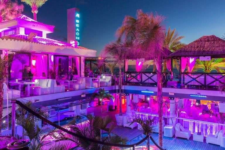 Spain, Canary Islands, Tenerife island, Playa de La Am?ricas, bar Le Papagayo Beach Club