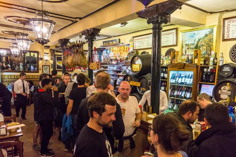 Bodegas Castaneda tapas bar,  Calle Almireceros, Granada, Andalucia, Spain