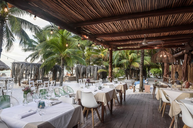 Las Tortugas Mandarina restaurant