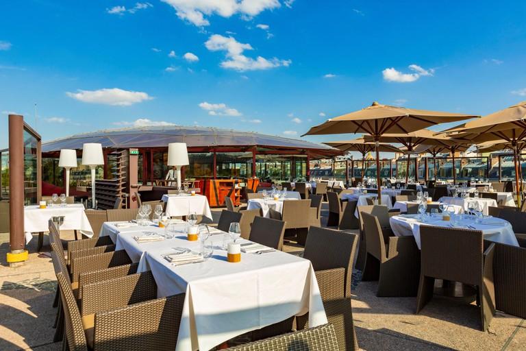France, Paris, musee du Quai Branly, the restaurant les Ombres sur le toit