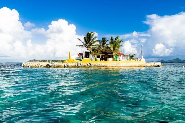 "Bar restaurant ""Happy island"", Clifton, Union, St-Vincent, Saint Vincent and the Grenadines, Lesser Antilles, West Indies, Windward Islands, Caribbean, Central America"