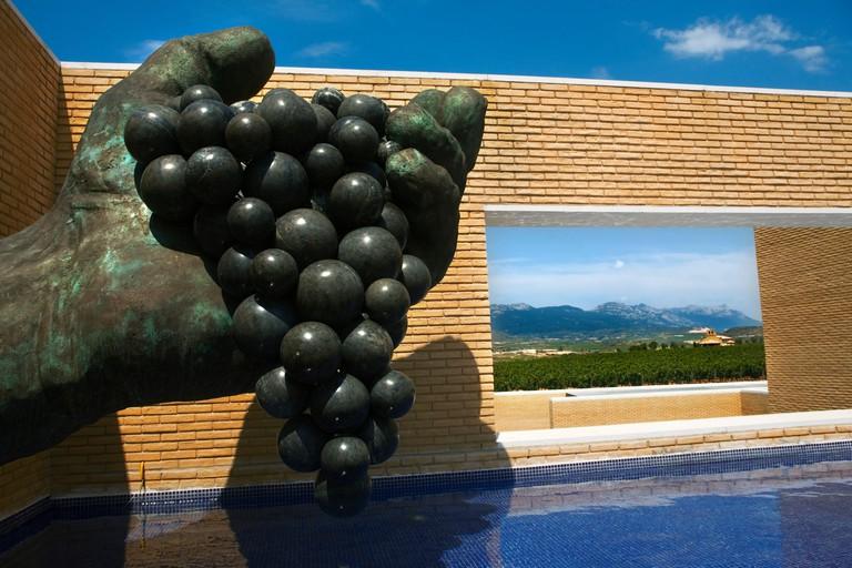 RKF46G Vivanco Museum of Wine Culture, Briones, La Rioja, Spain