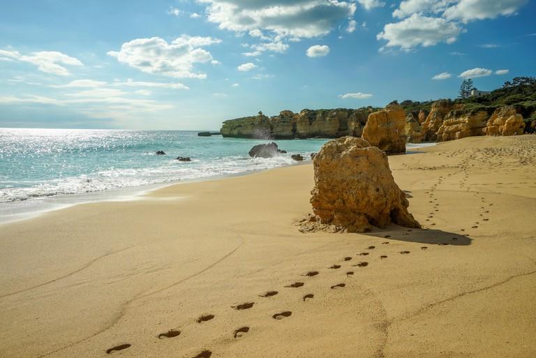 Portugal, Algarve, Praia de Sao Rafael, Albufeira,
