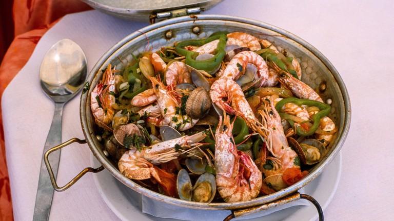 Seafood cataplana, FARO, ALGARVE, PORTUGAL, EUROPE.