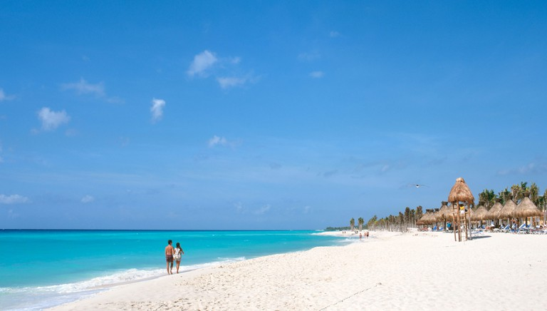 ATCYX3 Playacar Beach, Playa del Carmen, Mayan Riviera, Quintana Roo, Yucatan Peninsula, Mexico. Image shot 11/2008. Exact date unknown.