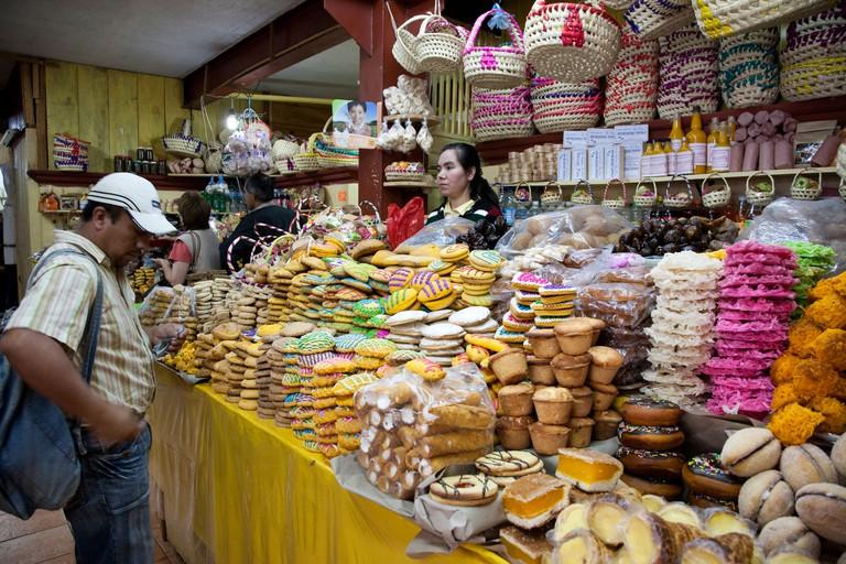 Mercado de Artesanias. San Cristobal de las Casas, Chiapas Mexico.
