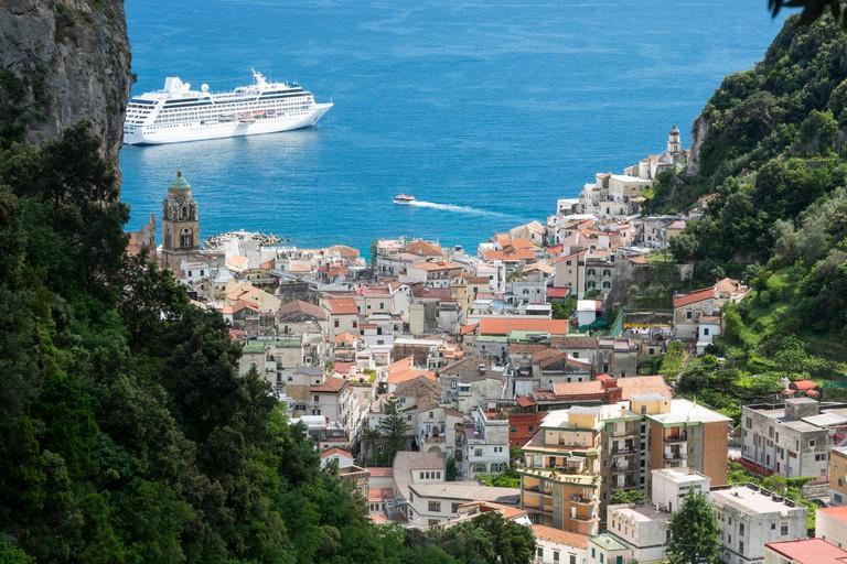 Italy, Campania, Amalfi Coast, Amalfi and the Mills Valley from Pontone stepway,Lattari Mountains