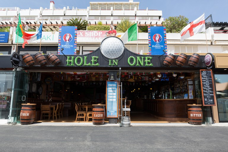 The Hole in One bar in Vilamoura Marina during Euro
