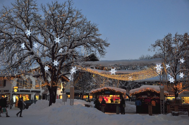 Germany, Bavaria, Garmisch-Partenkirchen, Christmas fair,