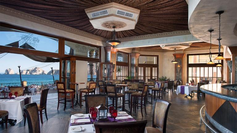 optimizada_Villa-del-Arco-Cabo-San-Lucas-El-Patron-Mexican-Bistro-Restaurant-1