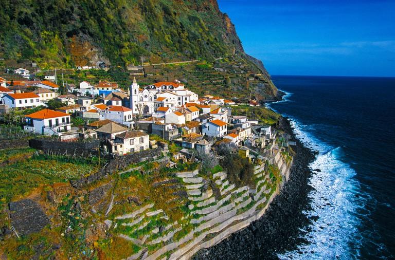 P67NWB Aerial view of Jardim do Mar, Madeira, Portugal