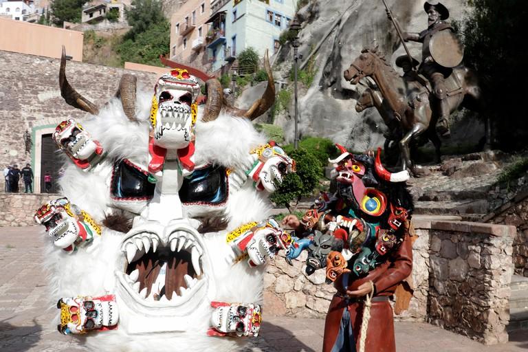 GUANAJUATO, Gto. 27 octubre, 2019 ? Centro HistoricoDesfile de la ?Diablada?, a cargo de danzantes tradicionales del estado mexicano de Guerrero, mas de 150 Diablos de Teloloapan y Cuajinicuilapa inundaron las calles de Guanajuato con bailes, gritos y f