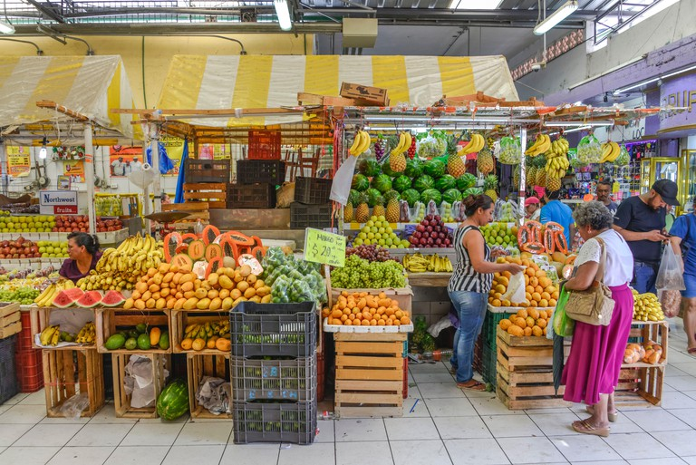 "Marktstand, Obst und Fruchte, ""Mercado Lucas de Galvez"", Merida, Yucatan, Mexiko"