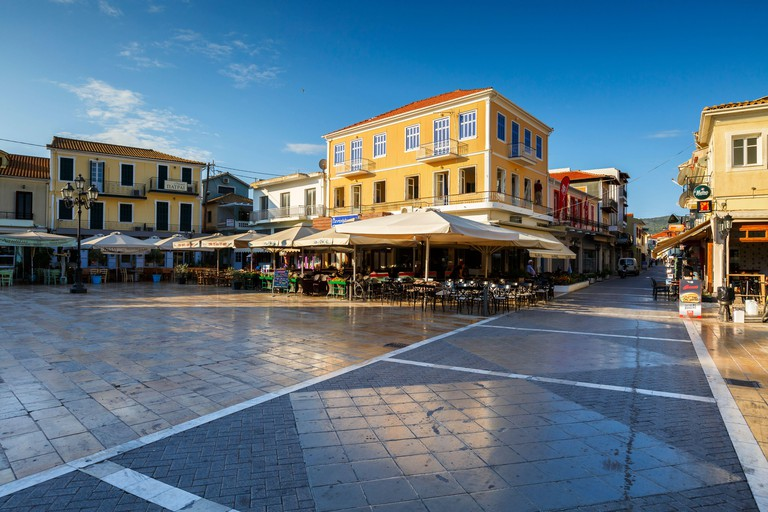 Coffee shops and restaurants in the main square of Lefkada town.
