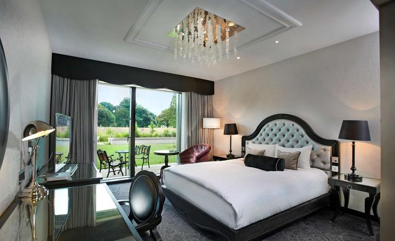 50a858bb Hilton London Syon Park