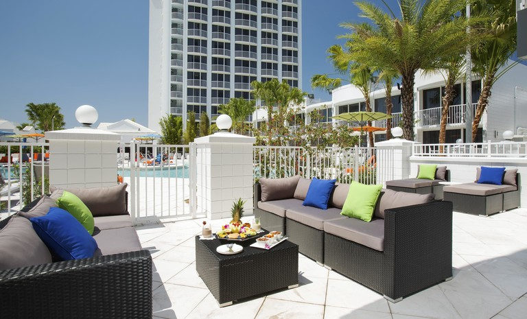 72d438fd B Hotels and Resort