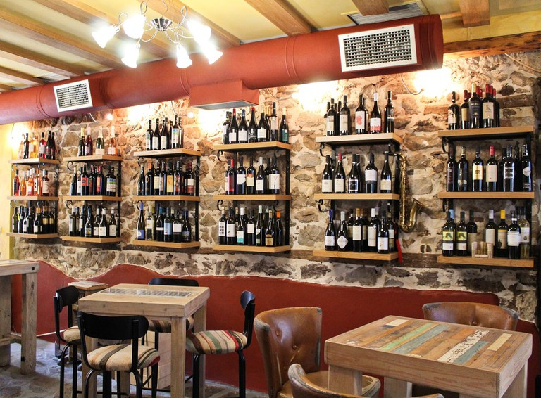 Alkioni Wine Bar