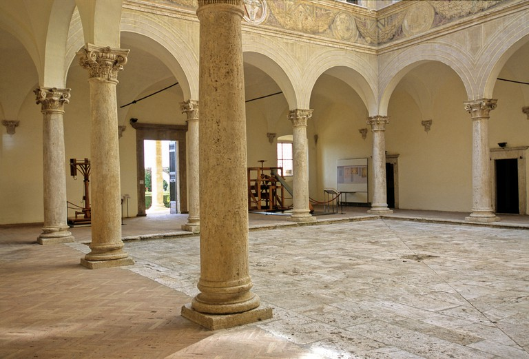 Palazzo Piccolomini, inner courtyard, Pienza, province of Siena, Tuscany, Italy, Europe