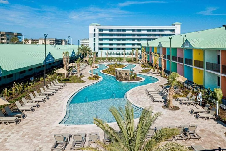 Beachside Hotel and Suites