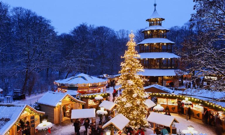 Christmas market at the Chinesischer Turm, Englischer Garten, Munich, Bavaria, Germany