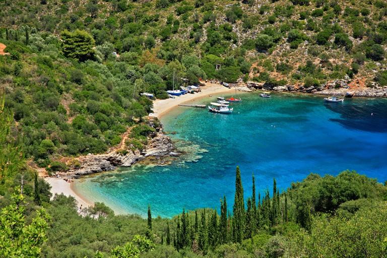 DA154D The heart -shaped beach of Sarakiniko, Ithaca (Ithaki) island, Ionian Sea, Eptanisa, Greece