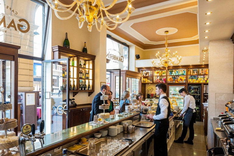 Italy, Emilia Romagna, Bologna, Via Ugo Bassi, coffee and pastry Gamberini founded in 1907, counter