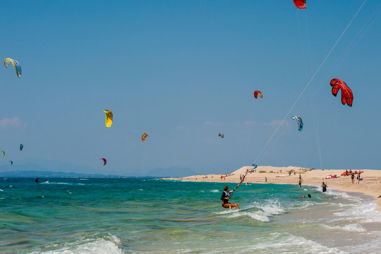 kitesurfers on Milos  beach, Agios Ioannis