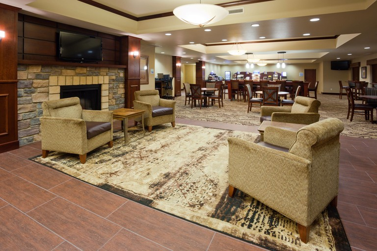 Holiday Inn Express and Suites SW Minneapolis - Shakopee