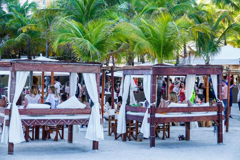 Florida FL South Miami Beach Ocean Drive Nikki Beach Club restaurant restaurants food dine dining eating out casual cafe cafes bistro bistros