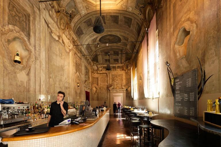 Italy, Emilia Romagna, Bologna, Le Stanze, bar restaurant housed in the former private chapel of the 16th century Palazzo Bentivoglio