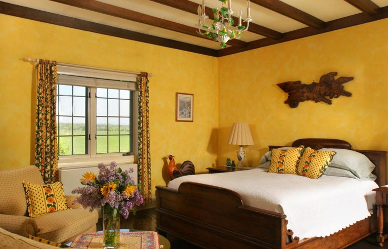 L'Auberge Provencale Bed and Breakfast