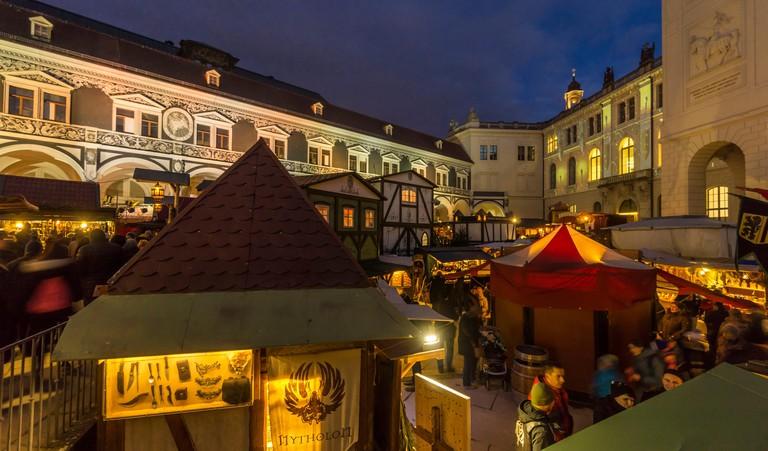 Medieval Christmas market in the enjoys its own garden, Dresden, mittelalterlicher Weihnachtsmarkt im Stallhof