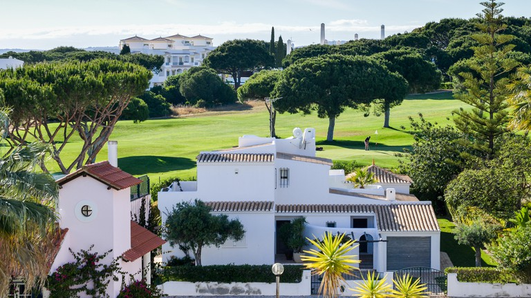 The Old Village in Algarve, Portugal is a collection of 280 properties built in 18th century Portuguese and English architecture nestled in the centre of the Pinhal Golf Course in Vilamoura, Algarve