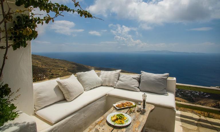 europe, greece, cyclades, tinos, island, ysternia, village, exomeria, bar, cafe, restaurant, food