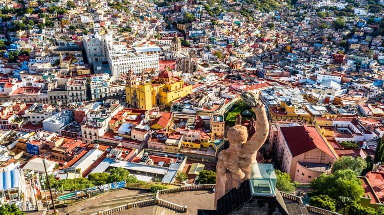 PYGR2T Statue of al Pipila over the old town, Guanajuato, Mexico