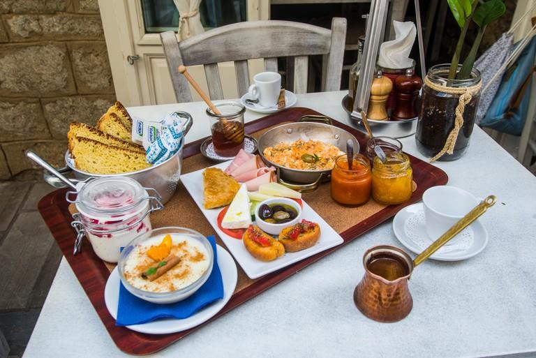 europe, greece, peloponesse, nafplio, city, kalimera, breakfast